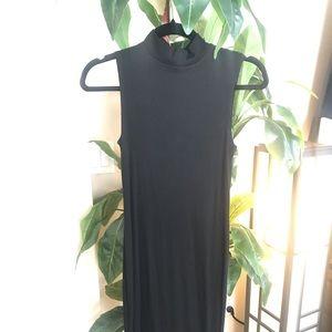 Simple Lightweight Black Turtleneck Dress